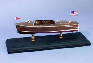 krick Chris-Craft Barrel Back 1940 1:24 Bausatz